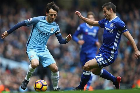 Azpilicueta có phong độ ổn định từ khi tới Chelsea