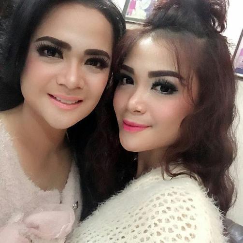 Fakta Shezy Idris Harus Anda Ketahui [Artis Indonesia Hot]