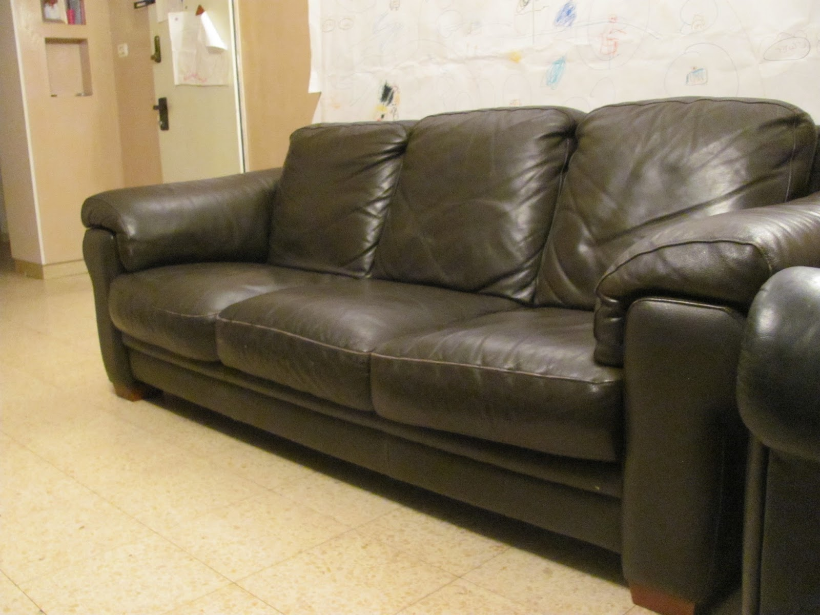 Brown Leather Sofas Italian Comfortable And Nice Price Reduced