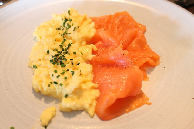 smoked salmon and scrambled eggs breakfast at the hardwick in abergavenny