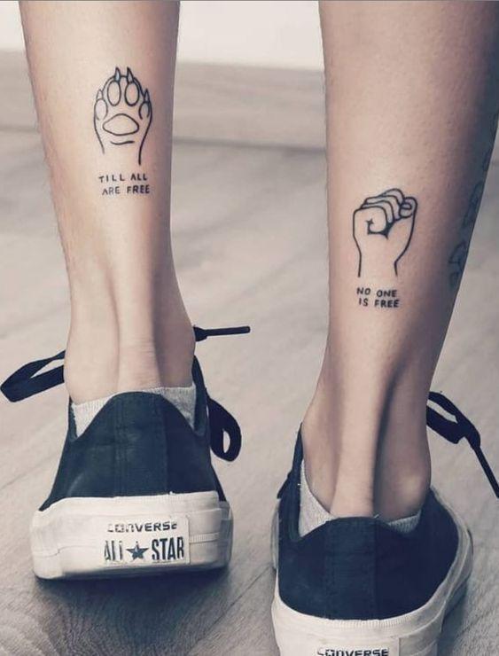 Vemos tatuajes pequeños para hombres