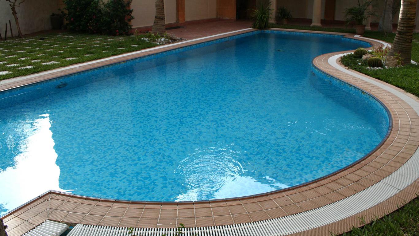 Piscinas de fibra pre os e fotos toda atual for Valor piscina de fibra