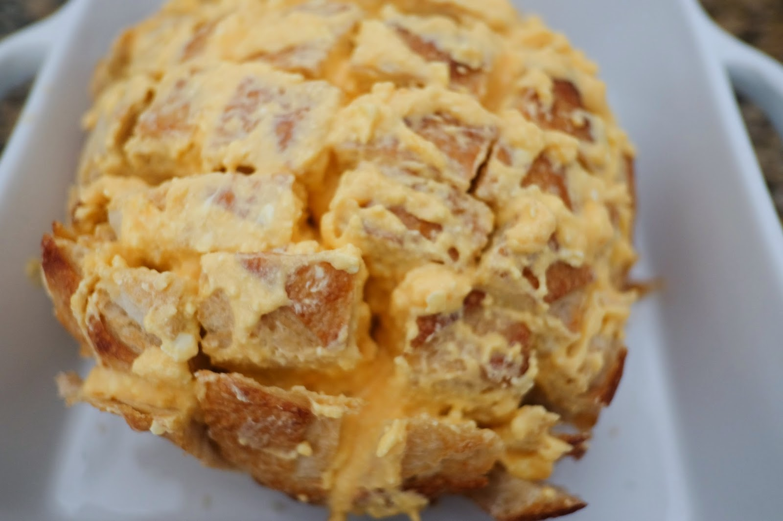 Best Pull Apart Cheesy Bread Recipe - the best pull apart cheesy bread I have tried!  It's all in the Kraft Old English cheese spread!  Yum!