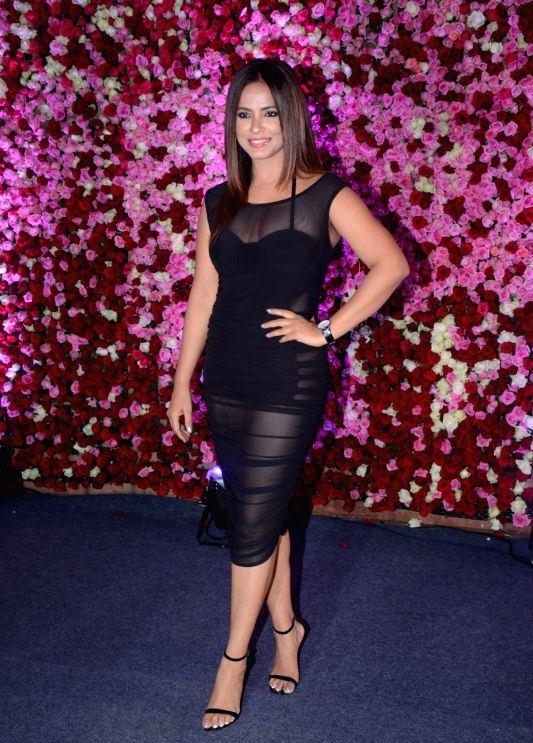 Indian Actress Neetu Chandra At Lux Golden Rose Awards 2017