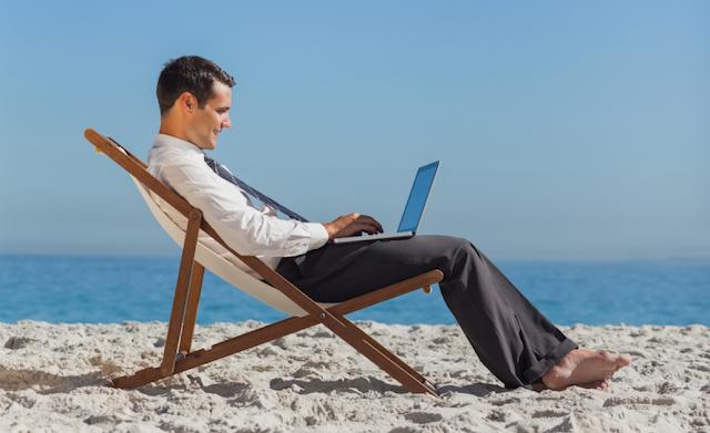 ثلاثة نصائح هامة تساعدك على التخلص من التشتت التي تسببه التكنلوجيا والعمل ! أثناء قضاء الإجازة