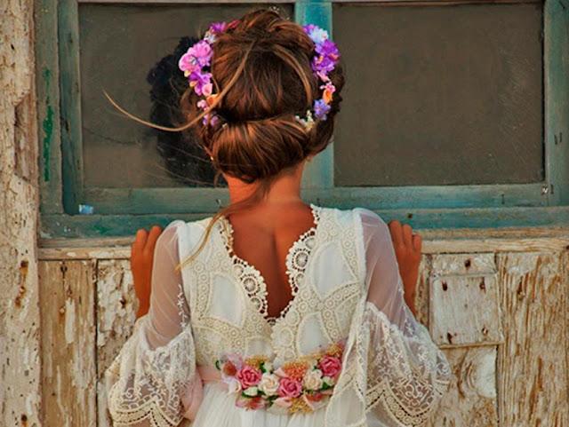peinado recogido floral nena