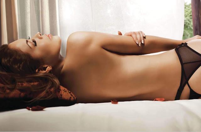 Lili Brillanti desnuda H Extremo Marzo 2010-2
