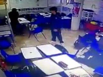 Учительница и трое учеников секс