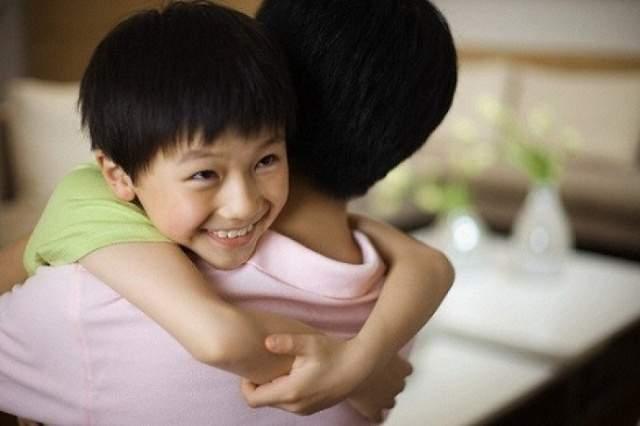 Đau khổ khi chồng chọn con trai của bồ thay vì ba đứa con gái của tôi - Ảnh 2