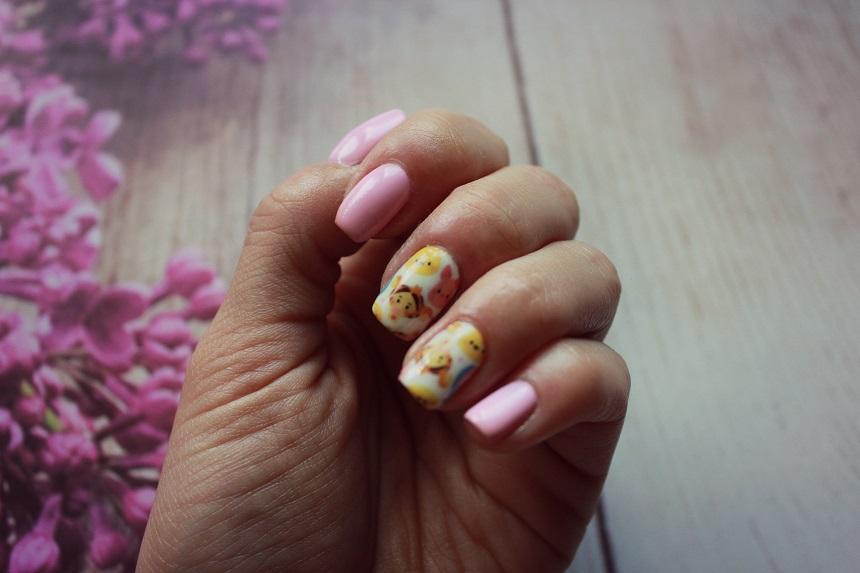 Wiosenny manicure.