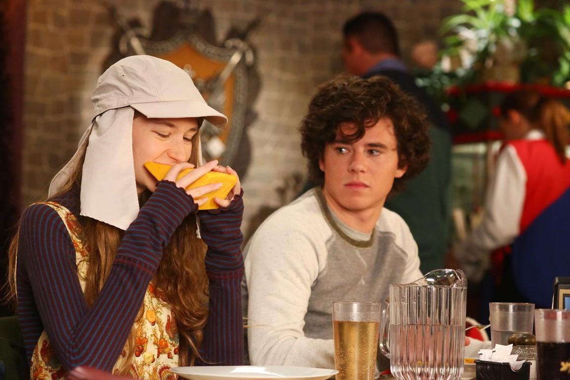 The Middle - Season 6 Episode 07: Thanksgiving VI