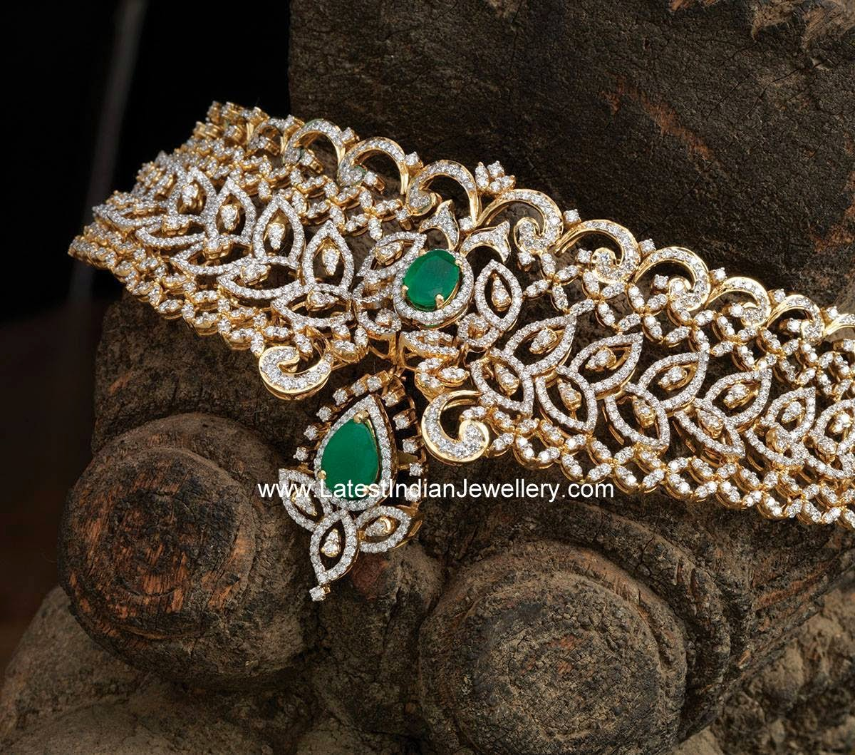 Navrathan Jewellers Diamond Necklace