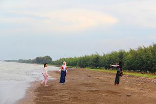 Tempat Wisata Pantai Pemalang Jawa Tengah