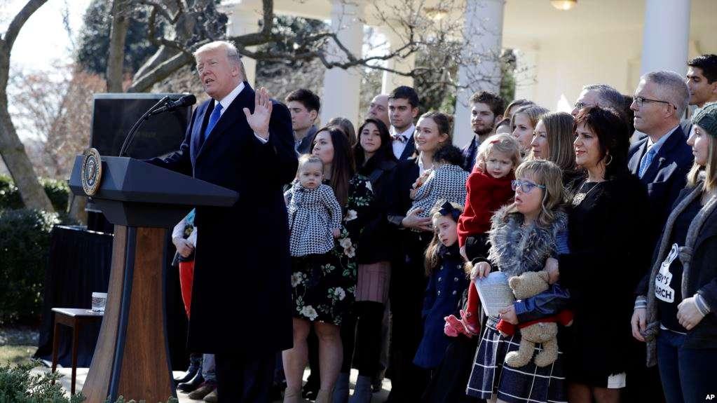 Trump invocó la Declaración de la Independencia / AP