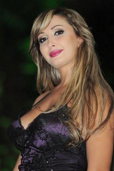 المغنية المغربية رجاء قصابني