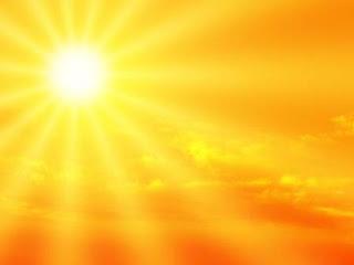 6. Menerapkan Sunscreen Sebagai Bagian Dari Rutinitas Setiap Hari