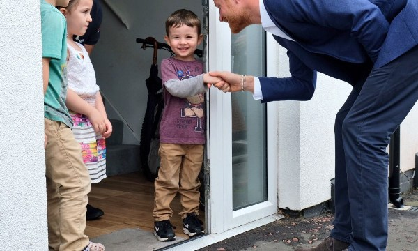 Five-year-old tells Prince Harry to 'wipe his feet' before entering their house
