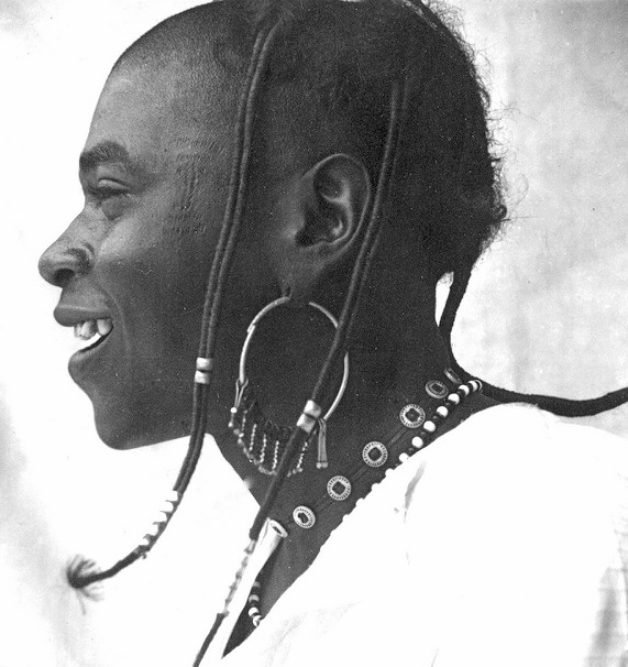 African Hair Art in the 1940s