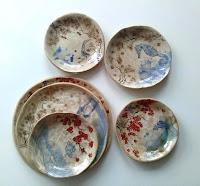 Annapia Sogliani ceramic rustic plates, handmade pottery assiettes et plats en céramique, grès, faites et décorées main, made in Paris, made in France