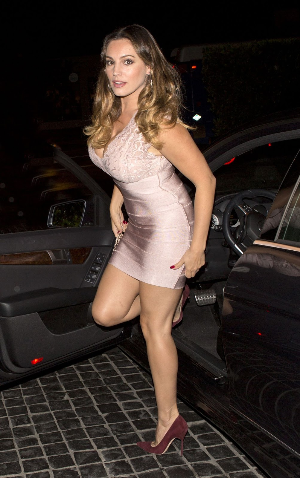 Kelly Brook Night Out Style – Cecconi's West Hollywood