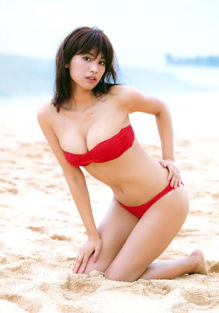 Hisamatsu Ikumi 久松郁実 La iku Photobook 05