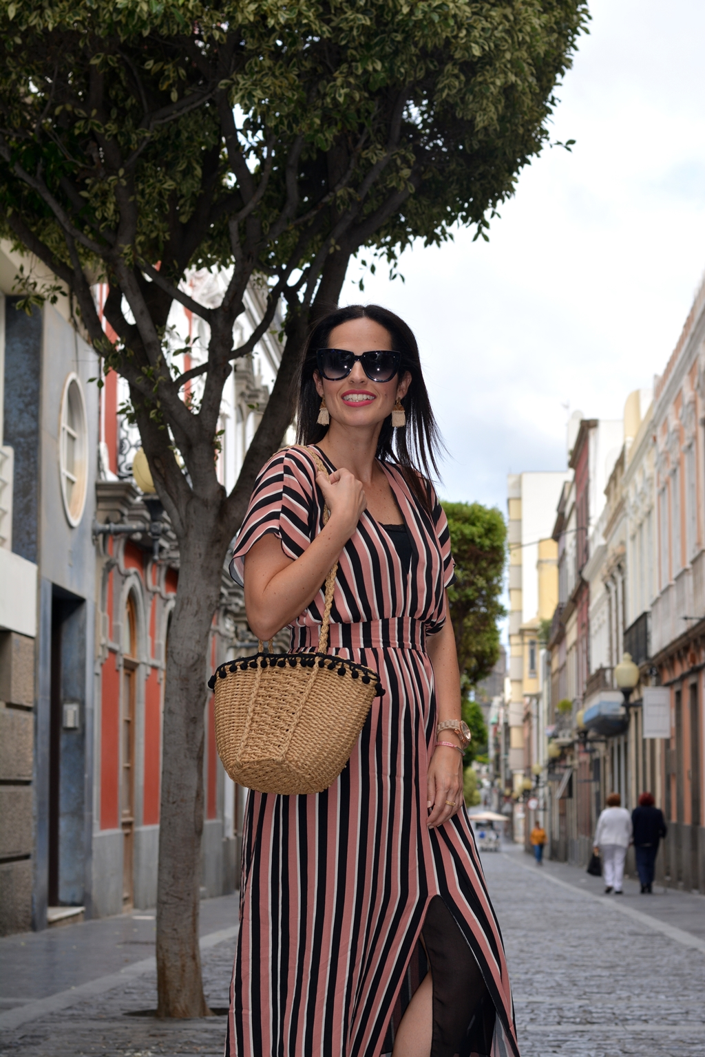 zara-striped-midi-dress-outfit
