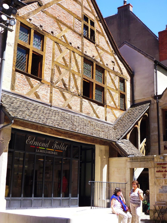 La boutique Edmond-Fallot  à Dijon