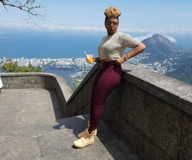 Taking a break - Yemi Alade says as singer flaunts belly