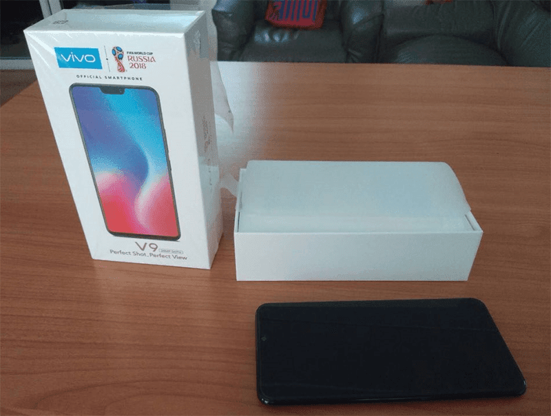 Actual packaging of Vivo V9
