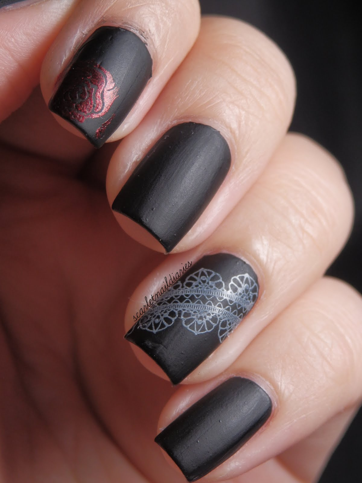The Scarlet Nail Diaries: Gothic Nails