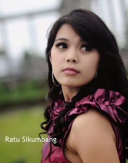 Download Lagu Ratu Sikumbang mp3