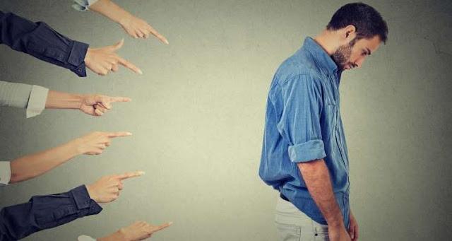 Τύψεις και ενοχές: Σε τι διαφέρουν αυτά τα συναισθήματα και γιατί τα συγχέουμε;