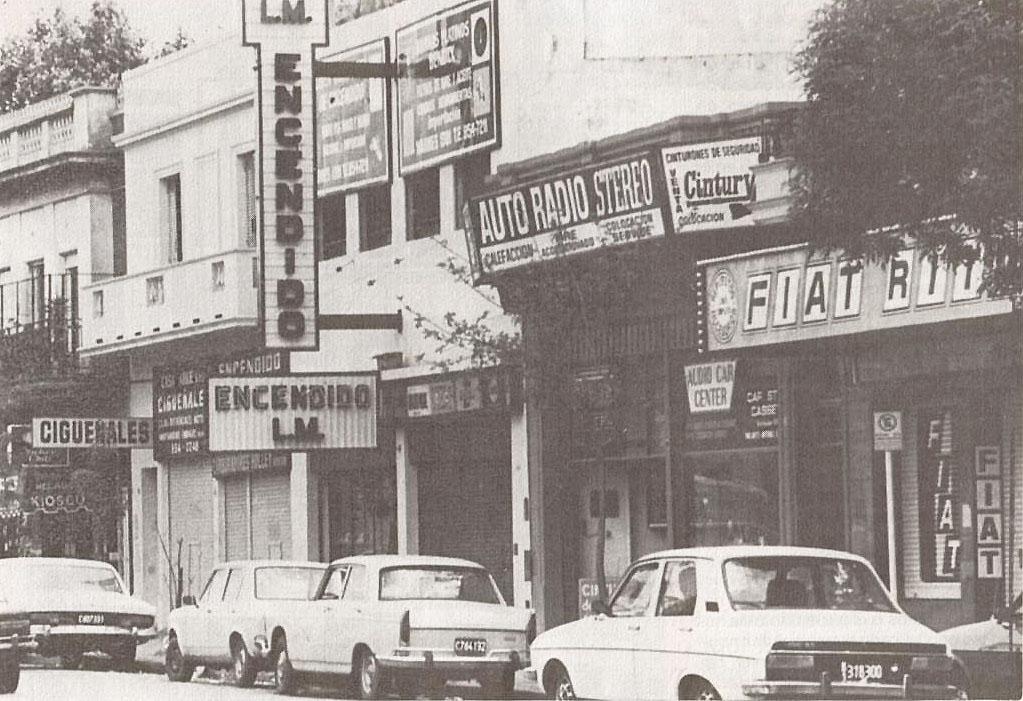 78b64e7353 Al parecer, según cuentan las crónicas del barrio La Paternal, en las zonas  aledañas a la Avenida Warnes, por la década del veinte, había grandes ...