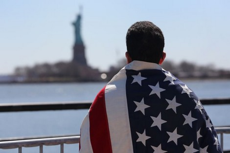 """عطب تقني يوقف """"القرعة الأمريكية"""" ويؤجل أحلام آلاف الشباب المغاربة"""