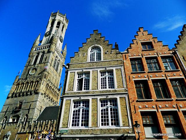 Fachadas góticas em Bruges, Bélgica