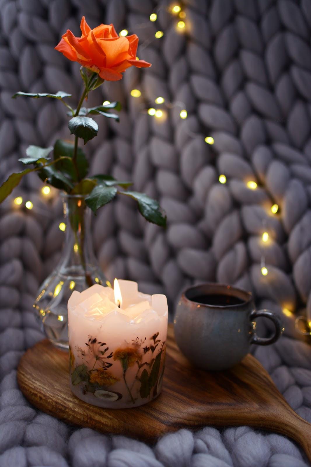 WYJĄTKOWE ŚWIECE I LAMPIONY - KAROLITE CANDLES