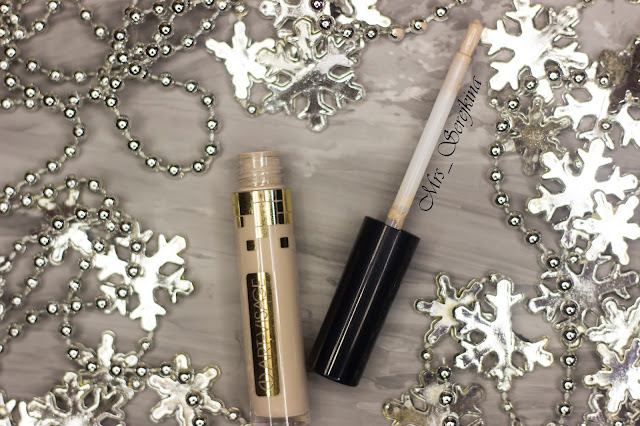 New year make-up 2018, step 8: Арт-Визаж Miracle Touch concealer 102