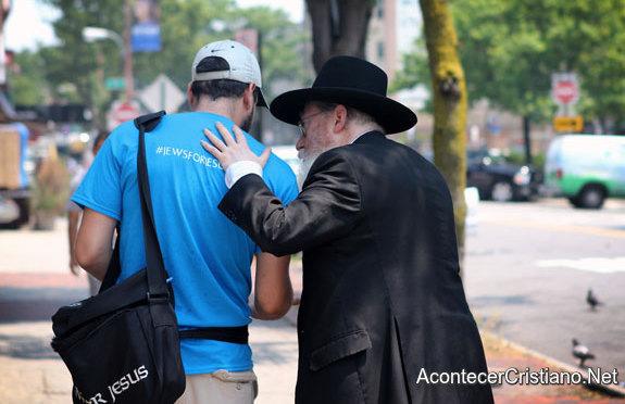 Judío mesiánico hablando de Jesús