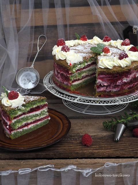 biszkopt-szpinakowy-tort