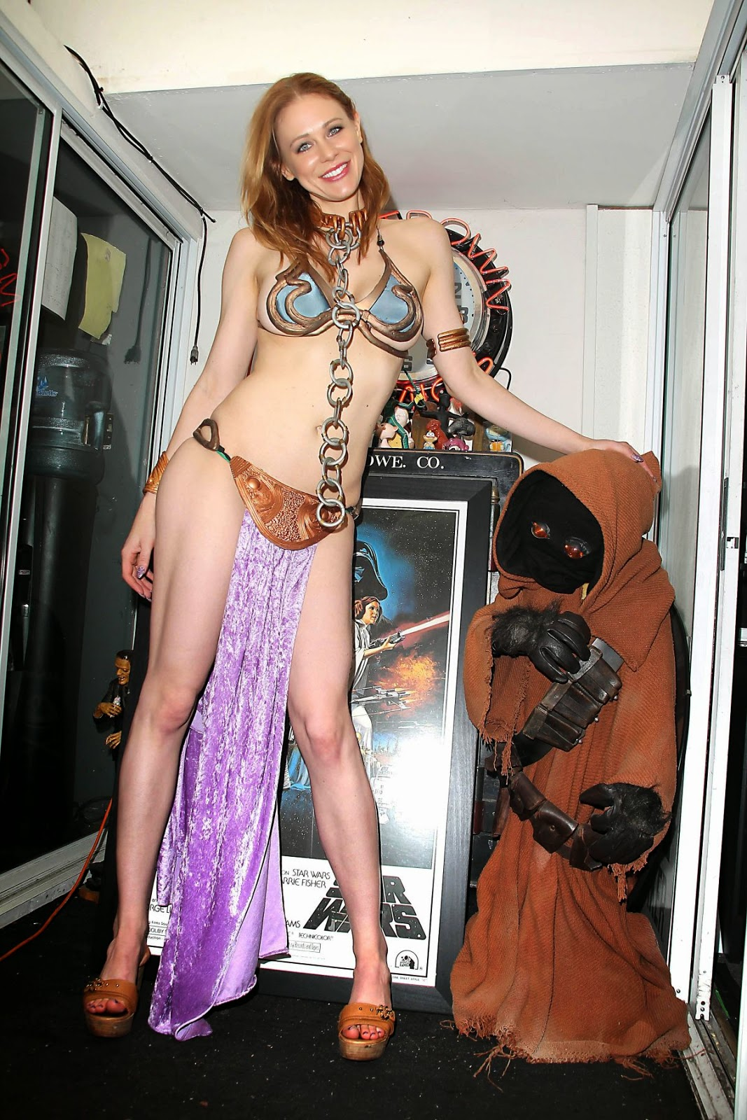Arriany calleste hot leia cosplay striptease - 2 1