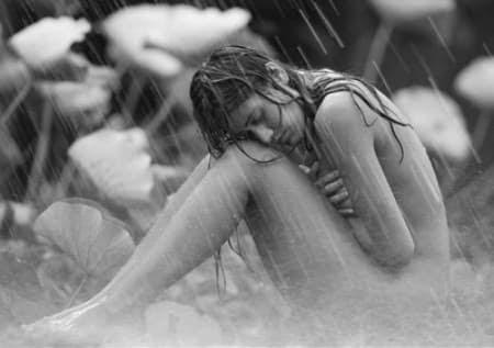Sonento: Cae la Lluvia