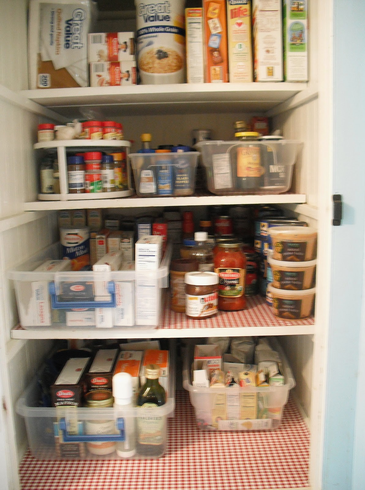 Totally Real: An Organized Pantry!