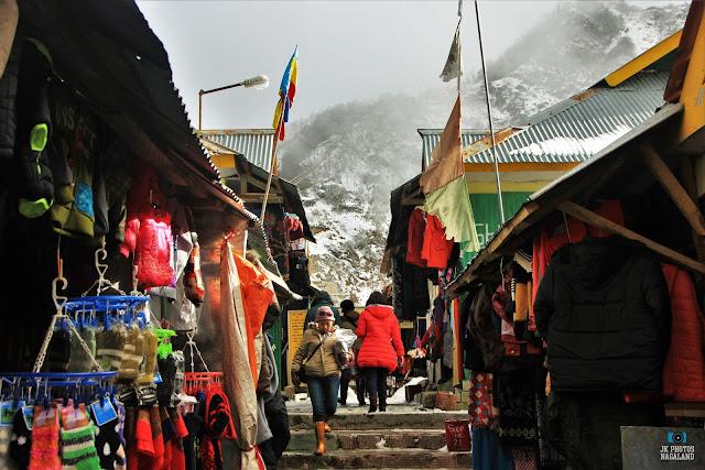 nathula-pass-photos-places-to-visit-sikkim-market