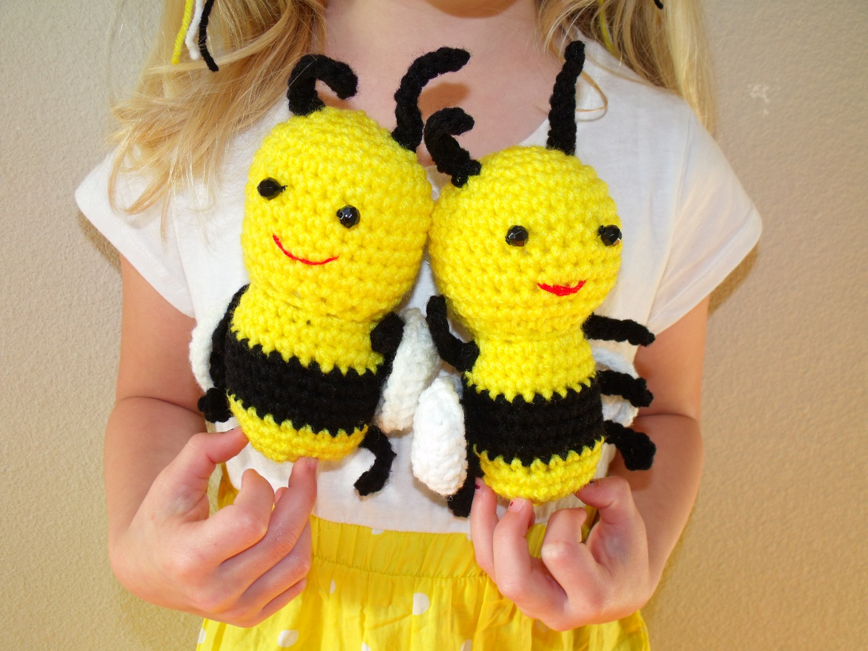Red Heart Buz and Belinda Bumblebee | Yarnspirations | 1125x1500
