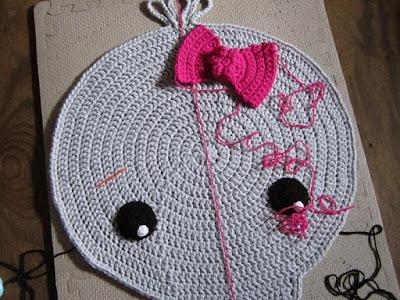 crochet, elephant rug, bow