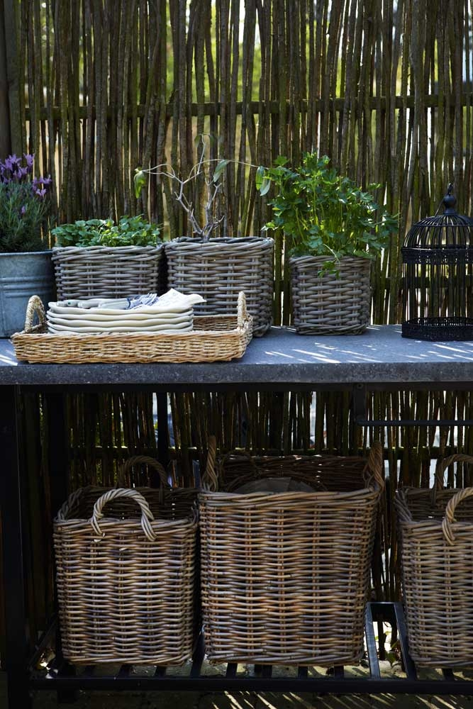 straw baskets | The dream of a small garden, Copenhagen by Kira Brandt