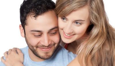 6 Cara Ampuh Agar Pasangan Tak Berpaling