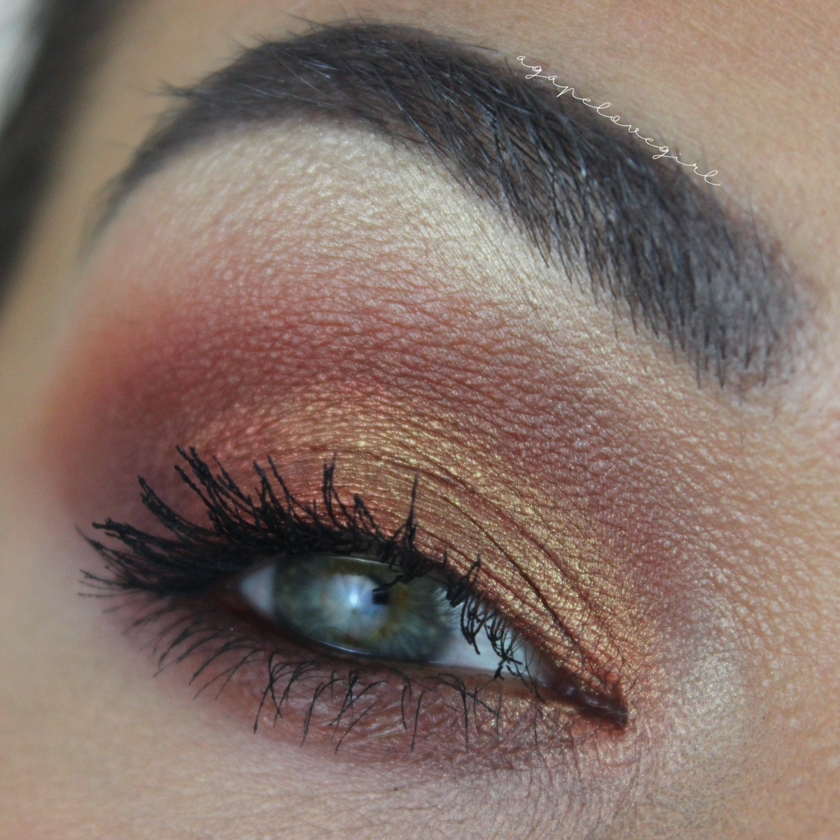 BoxyCharm Crown Fuego Palette Eye Tutorial | Agape Love
