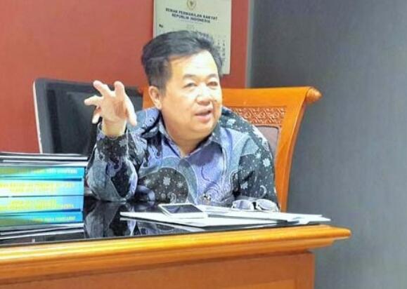 PDIP Curiga Ada Pihak Sudutkan Jokowi Lewat Isu Utang