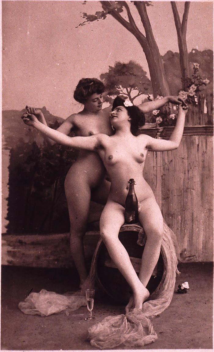 Порнографические фотографии из всего мира гинеколога
